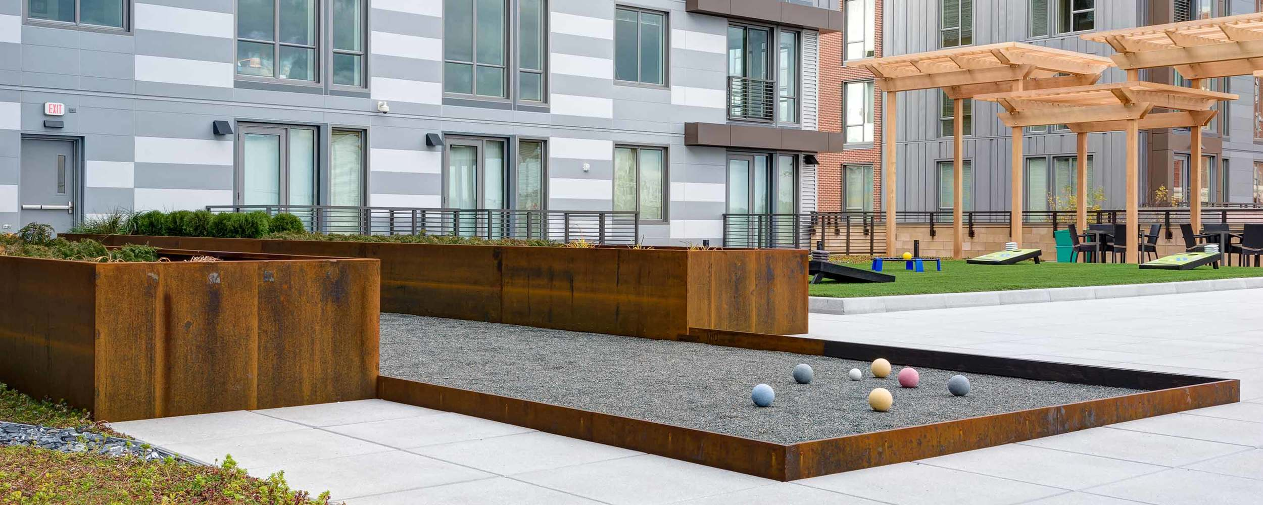 Flats on D KZLA Planting Bed System Corten Steel