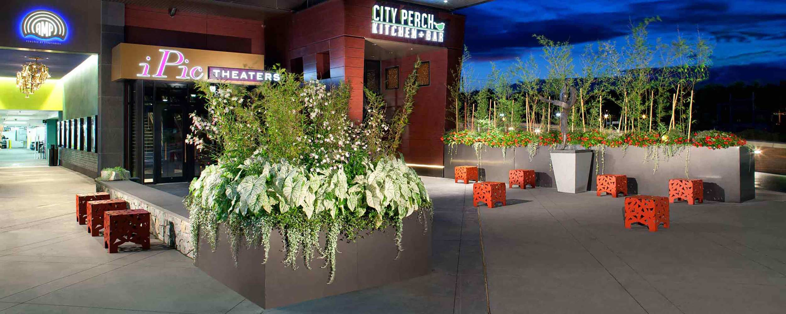 Mid-Pike Clinton & Associates Design Collective Planting Bed System Powder Coated Aluminum