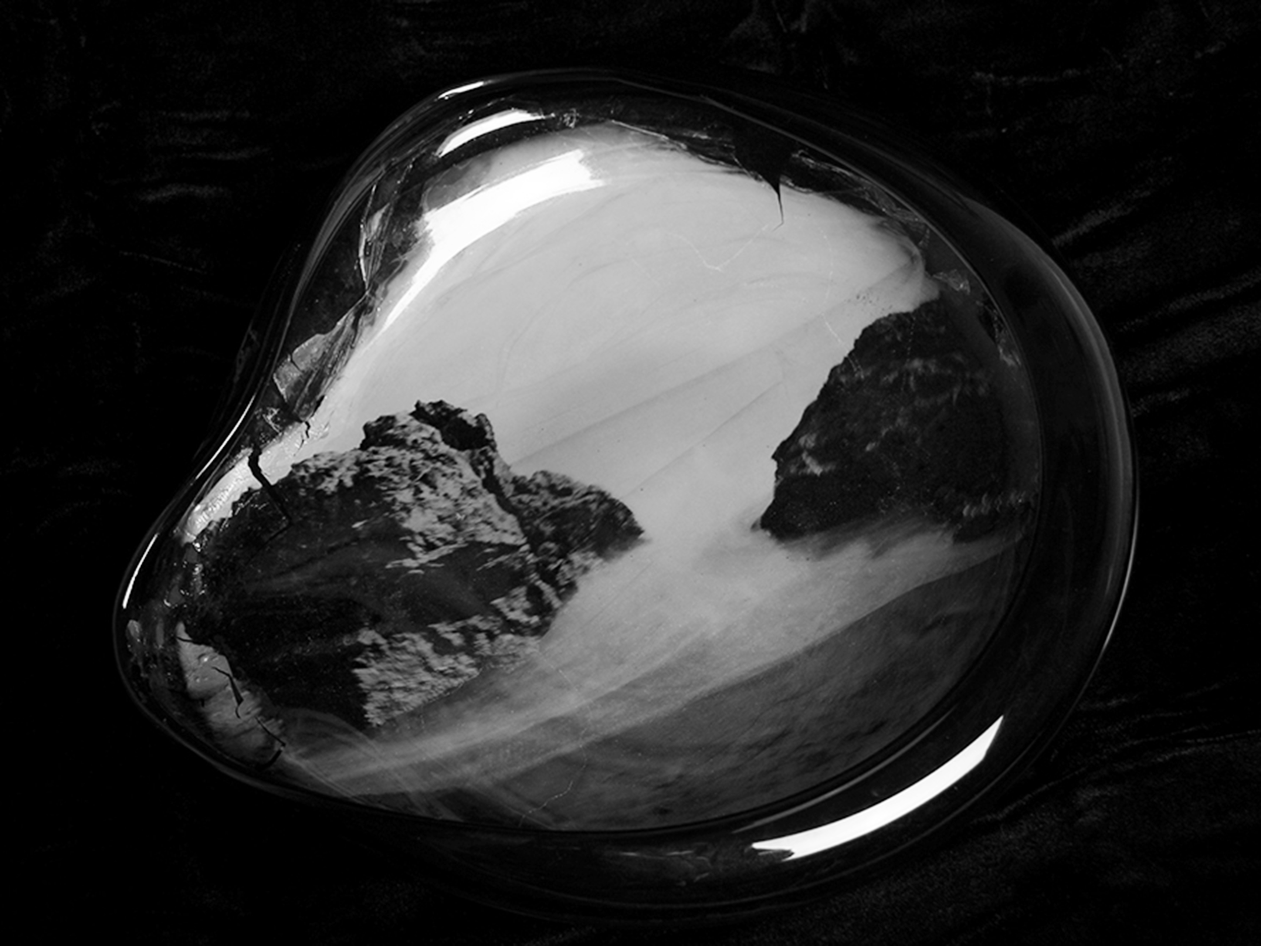 NEGATIVE AMBROTYPE - TRANSPARENT SEA GREEN HANDBLOWN GLASS