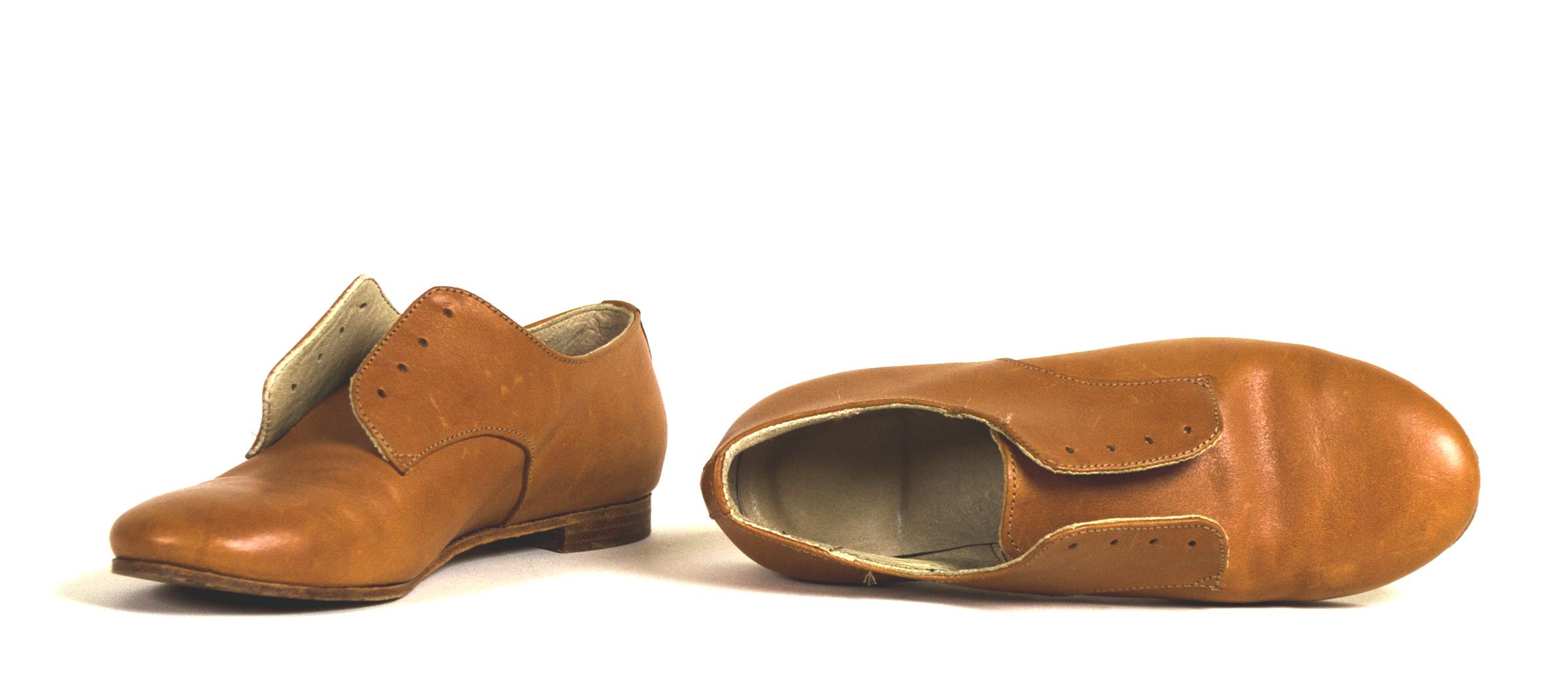 8x8Shoe.jpg