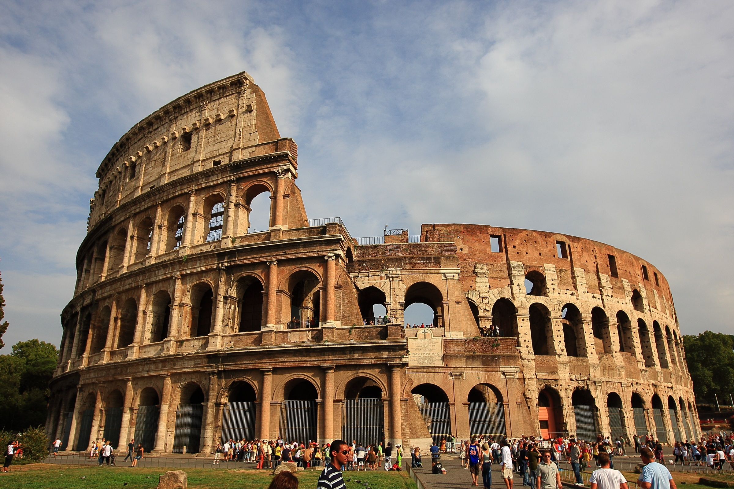 6_the-colosseum-2182384.jpg
