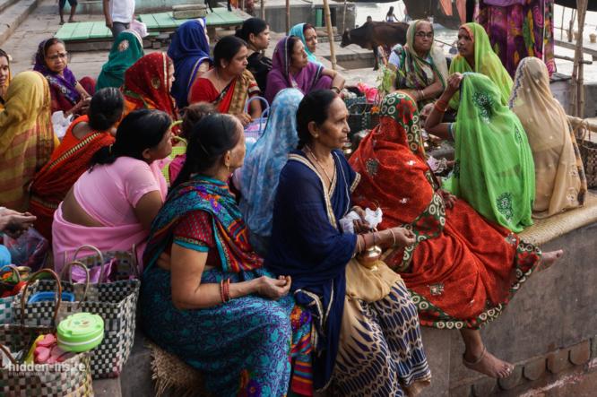 Ladies-study-group-Varanasi-666x443_c.jpg