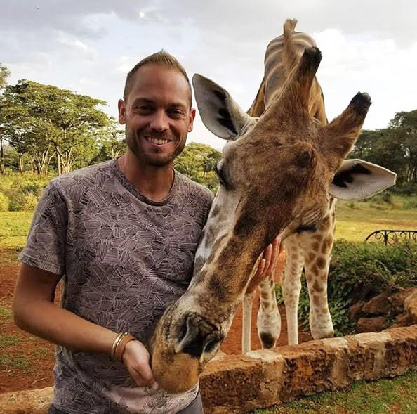 giraffemanor1.jpg