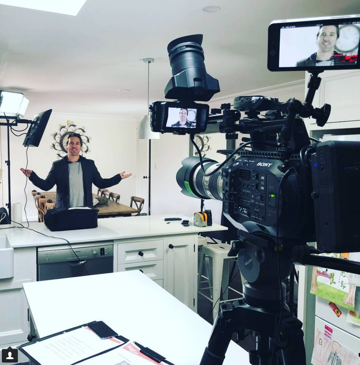 Roghan McKerlie - Rogues Gallery - On set and creating content