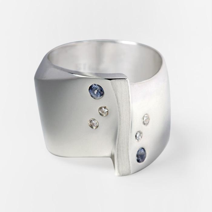 adriennestanton_product_rings_DiamondRidgeRing_01.jpg