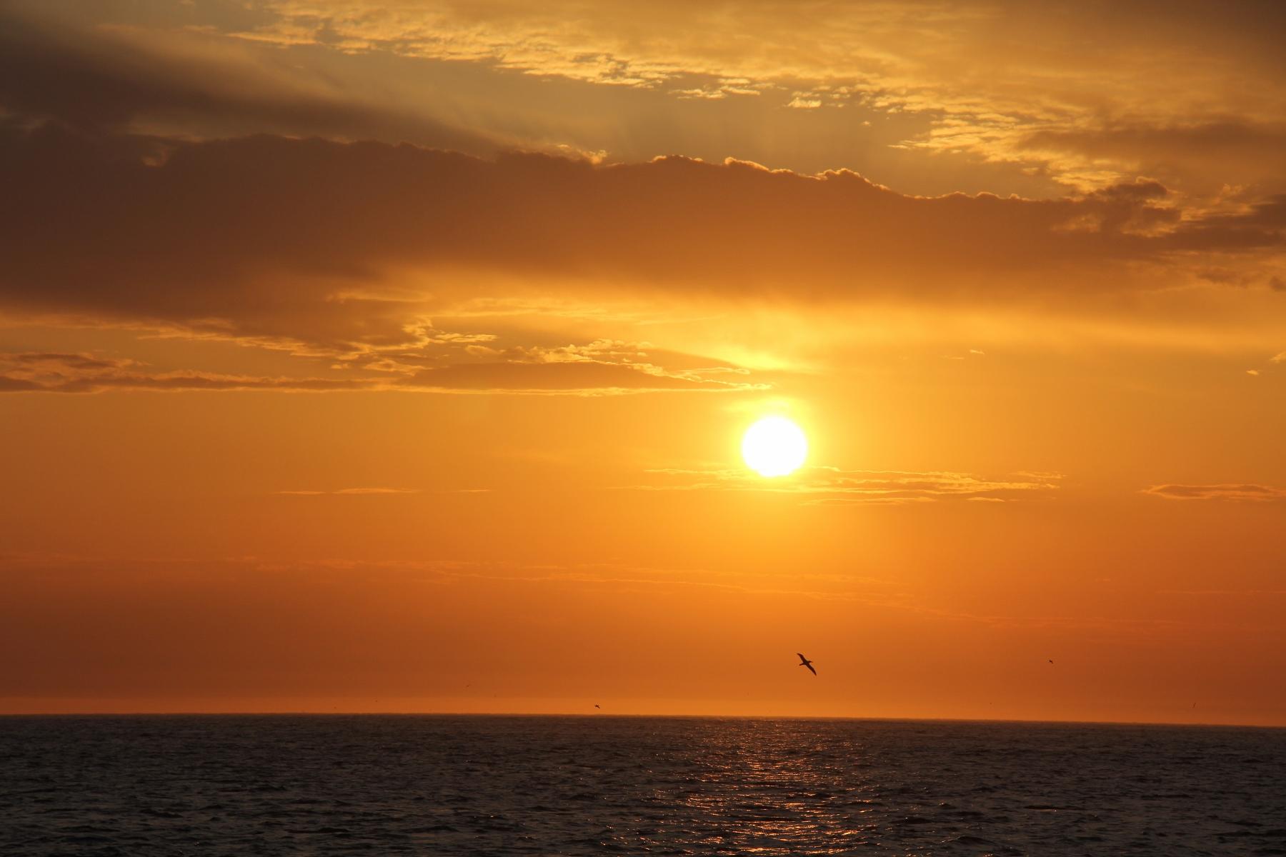A rad sun set that Benn captured.