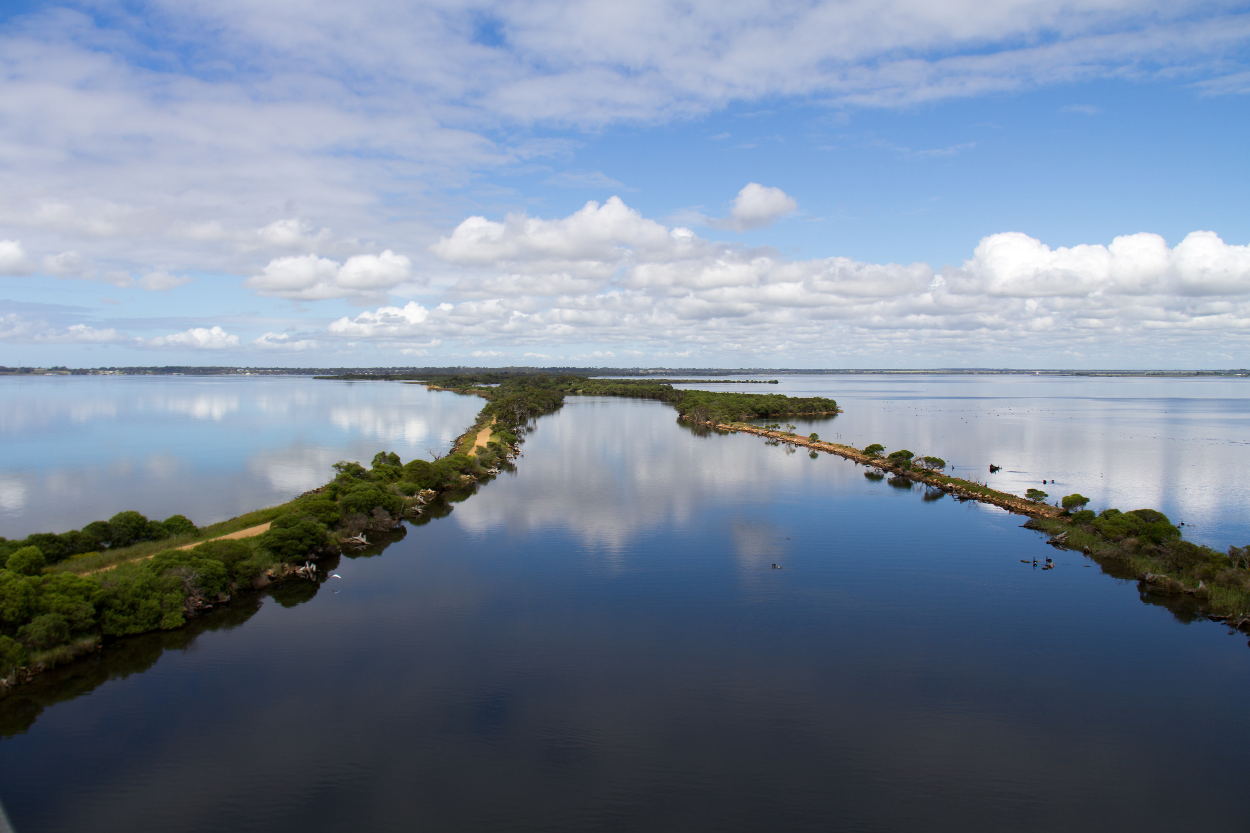 The Mitchell River running into Lake King has formed silt jetties over hundreds of years which make for a fantastic view.