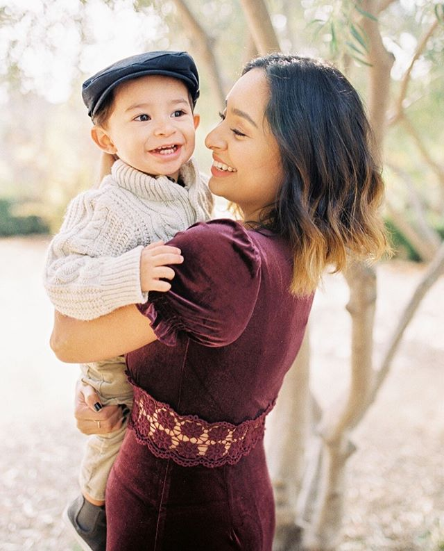 How gorgeous are these two?? To enter to win your own mini Photo Session, tag 2 friends in this post and Sign up for my mailing list!  Rafflecopter link is in profile! . . . . . . . . . . . . #pasadena #pasadenaphotography #pasadenaphotographer #pasadenafamilyphotography #pasadenacharm  #sadafmurad #estcalifornia #clickinmoms #indiepas  #onlyinoldtown #pasadenamaternityphotographer #losangelesphotographer #maternityphotography #onlyinoldpas #photovisionprints #ishootfilm #fuji400h