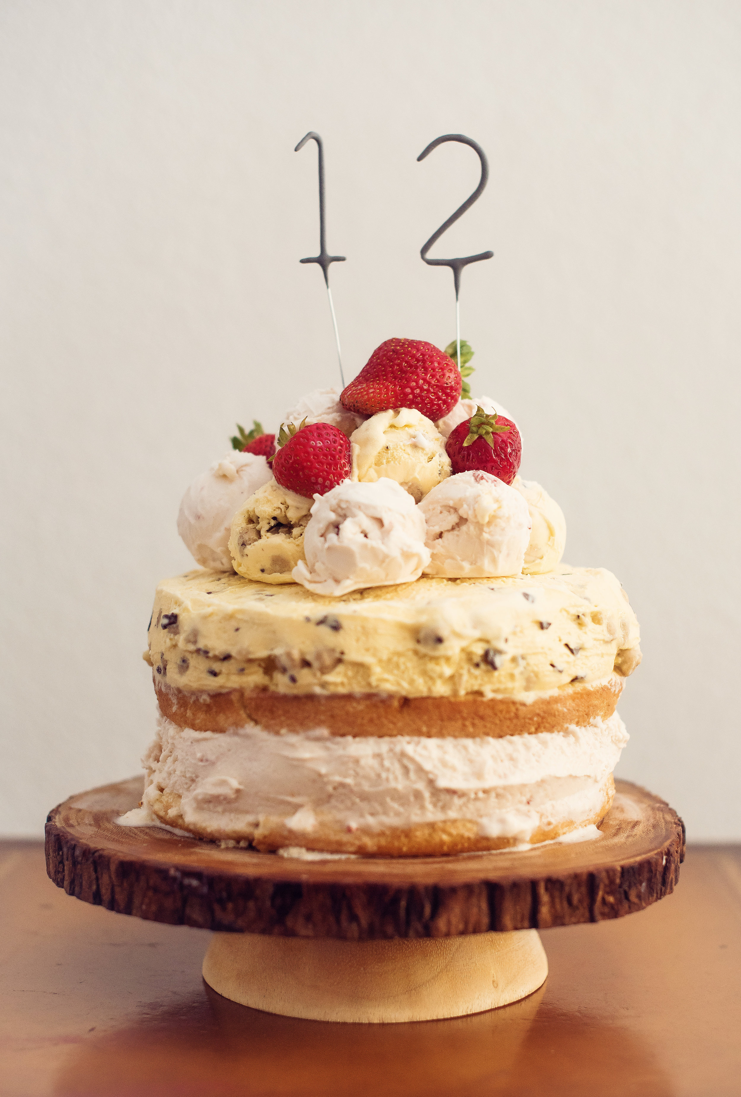 simple ice cream cake - lovely matters lifestyle blog - heather walker photography