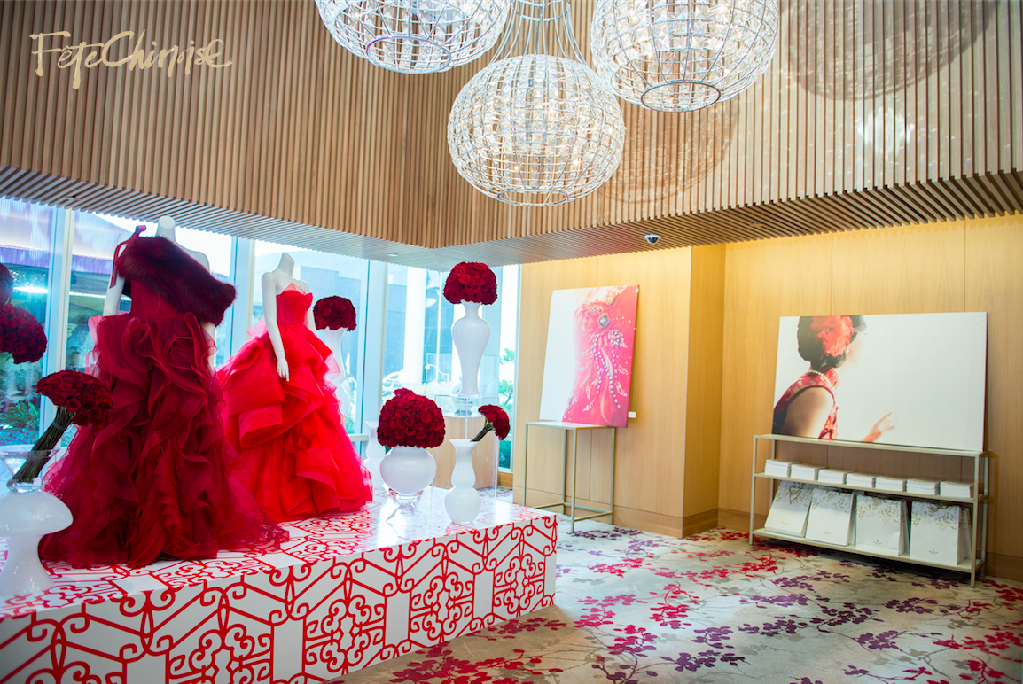 The Grand Entrance by Caspar Haydar Design, featuring gowns by Vera Wang. Custom pattern by Palettera Custom Correspondences on vinyl printing and installation by Event Graffiti.Photo by Krista Fox Photography. 3rd floor of the Shangri-La Hotel, Toronto.