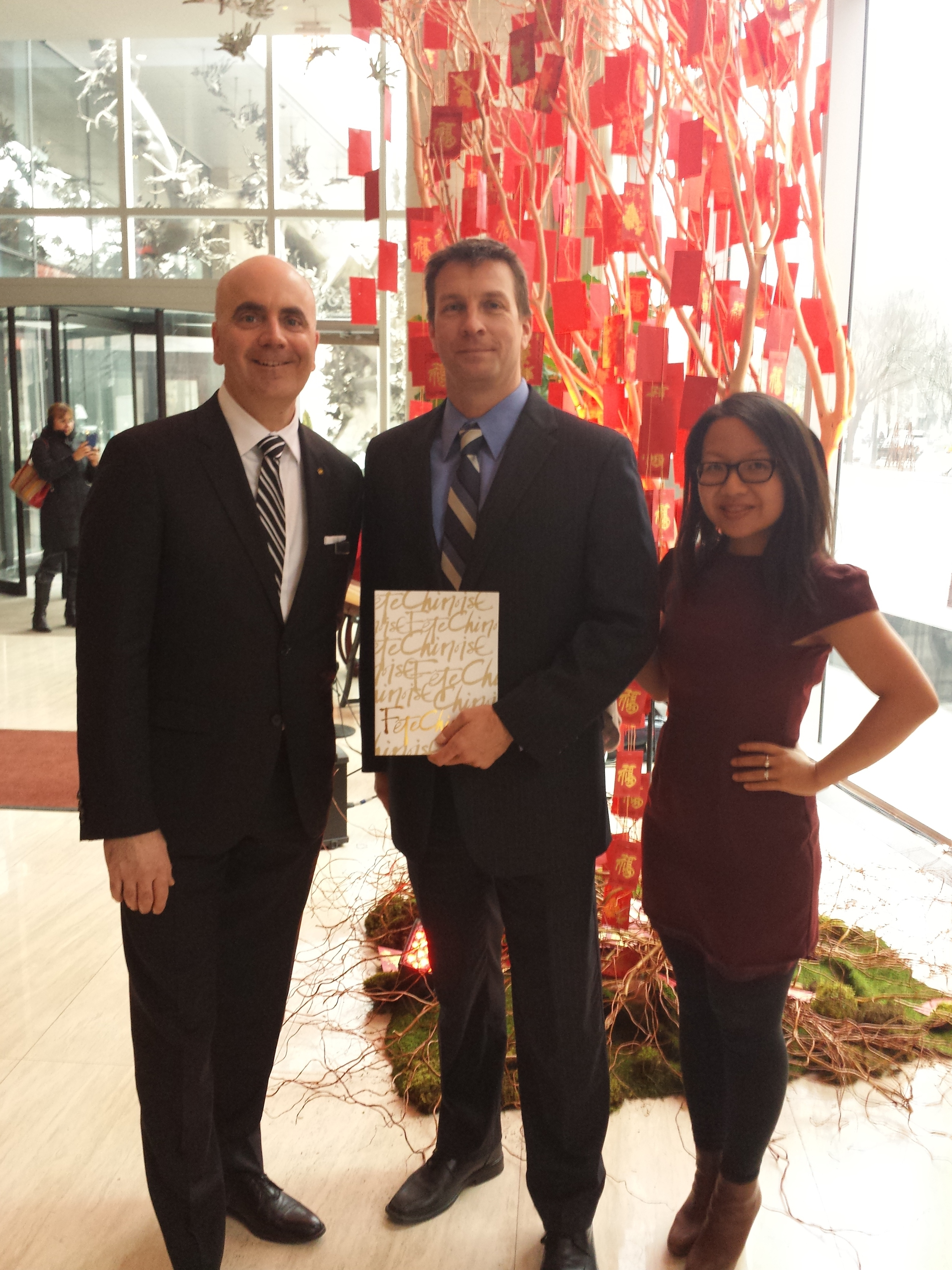 Congratulations to Dan Pembleton for taking home the grand prize! Dan is flanked by David Robitaille, Director of Events at Shangri-La Hotel, Toronto and Deborah Lau-Yu, Art Director & Producer of Fete Chinoise and Art Director at PALETTERA.