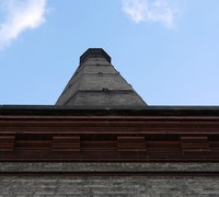 6chimney1_person_detail.jpg