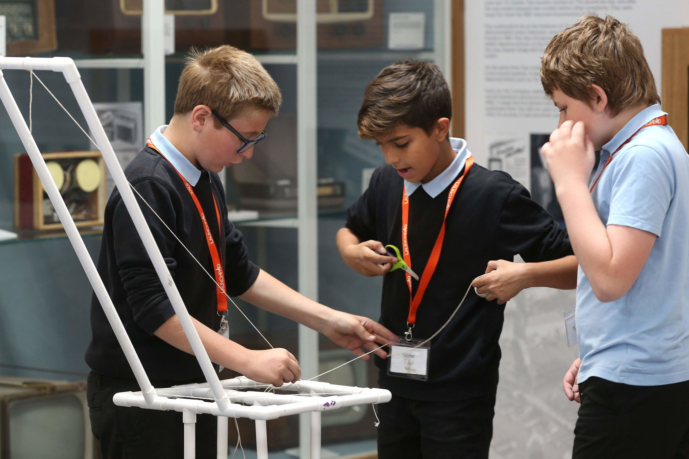 Mechanical Advantage 1 – Pulleys - Students design, make, and test a crane to lift a load. They will be able to experiment how increasing the number of pulleys in their design will make their crane more effective.Curriculum links: working scientifically, forces.