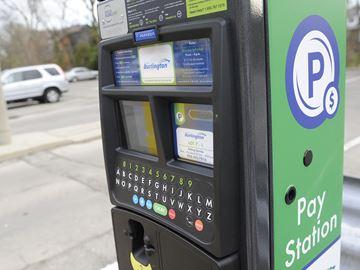 Precise ParkLink's Parkeon DG7 Pay-By-Plate Parking Machine