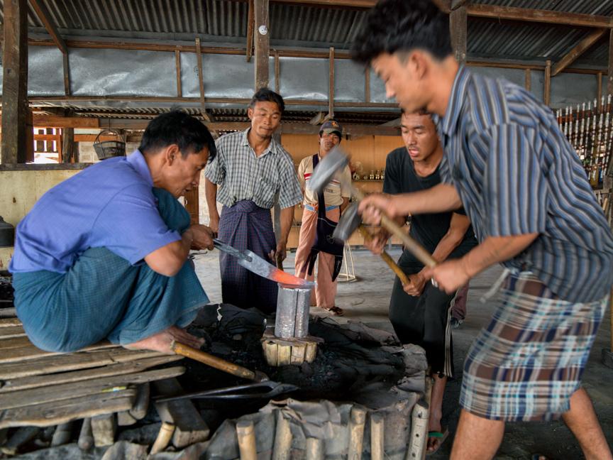 Myanmar copyright maxVmax-20.jpg