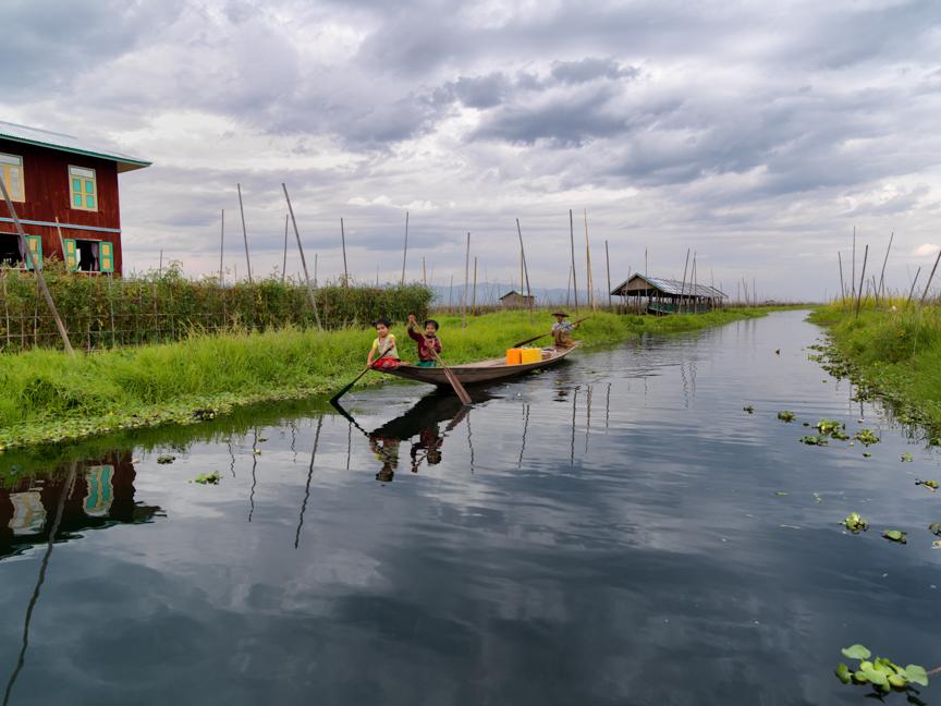 Myanmar copyright maxVmax-23.jpg