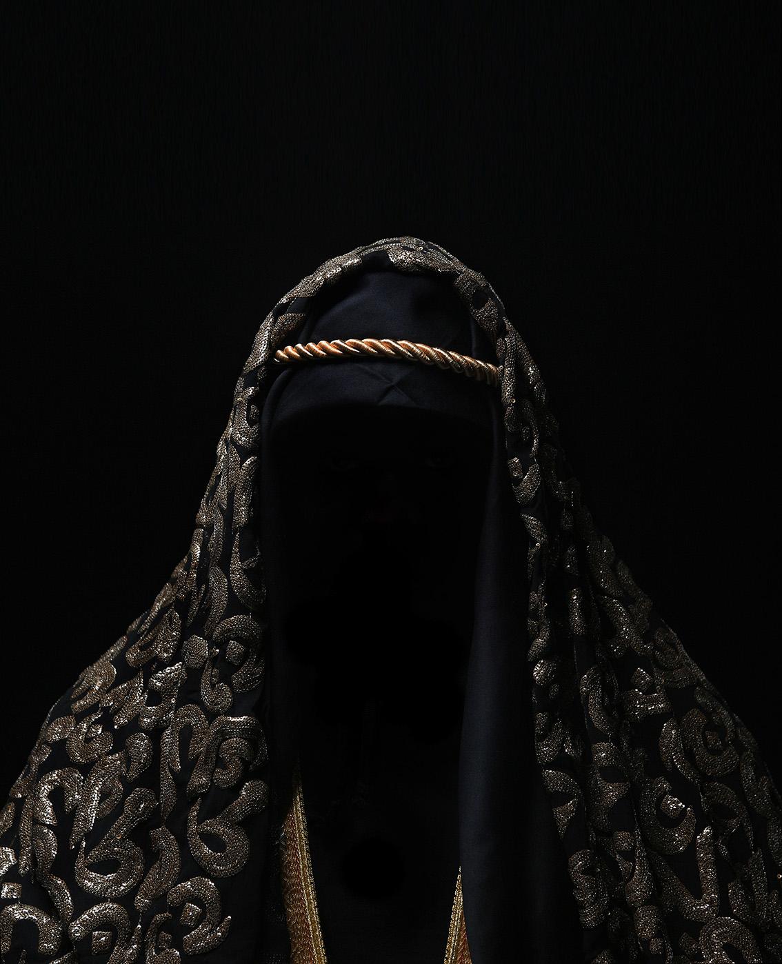 Wahib Chehata,  Sans titre , 2018, 185 x 150 cm, tirage sur papier Baryté  © Wahib Chehata, Courtoisie A2Z Gallery