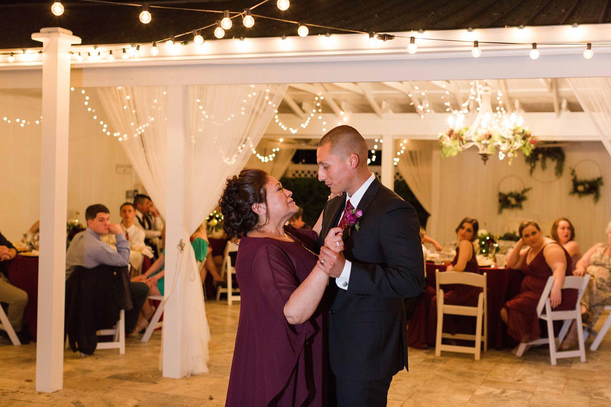 Jennifer and Jon Wedding Blog_0093.jpg