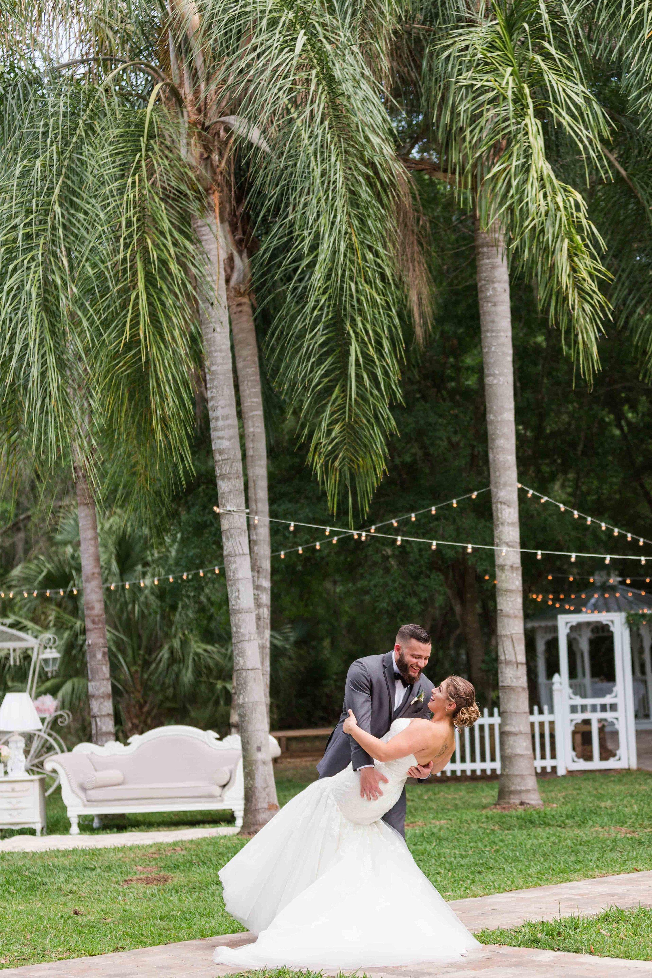 Emma and Dom Wedding Blog_0046.jpg