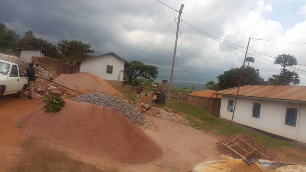 Nyaishozi1.JPG