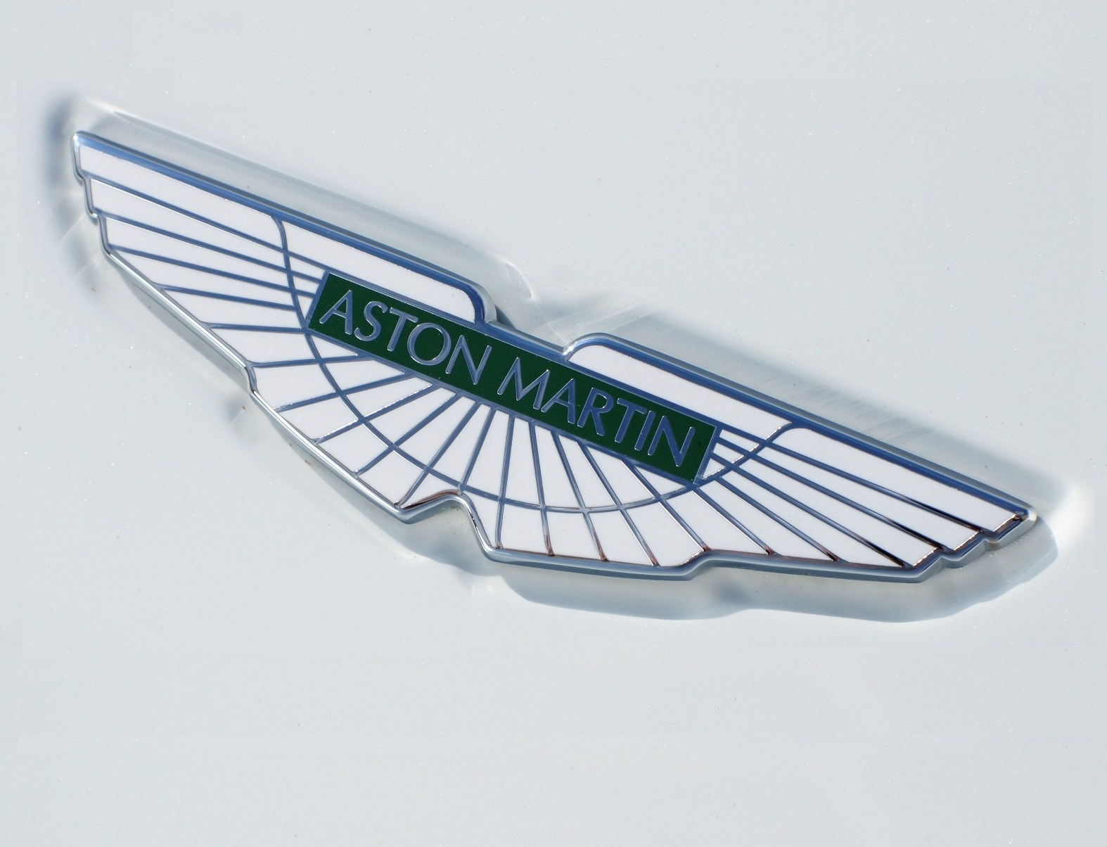 Aston Martin Logo Resized.png