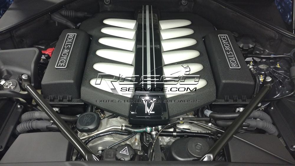 Rolls Royce Ghost engine.jpg