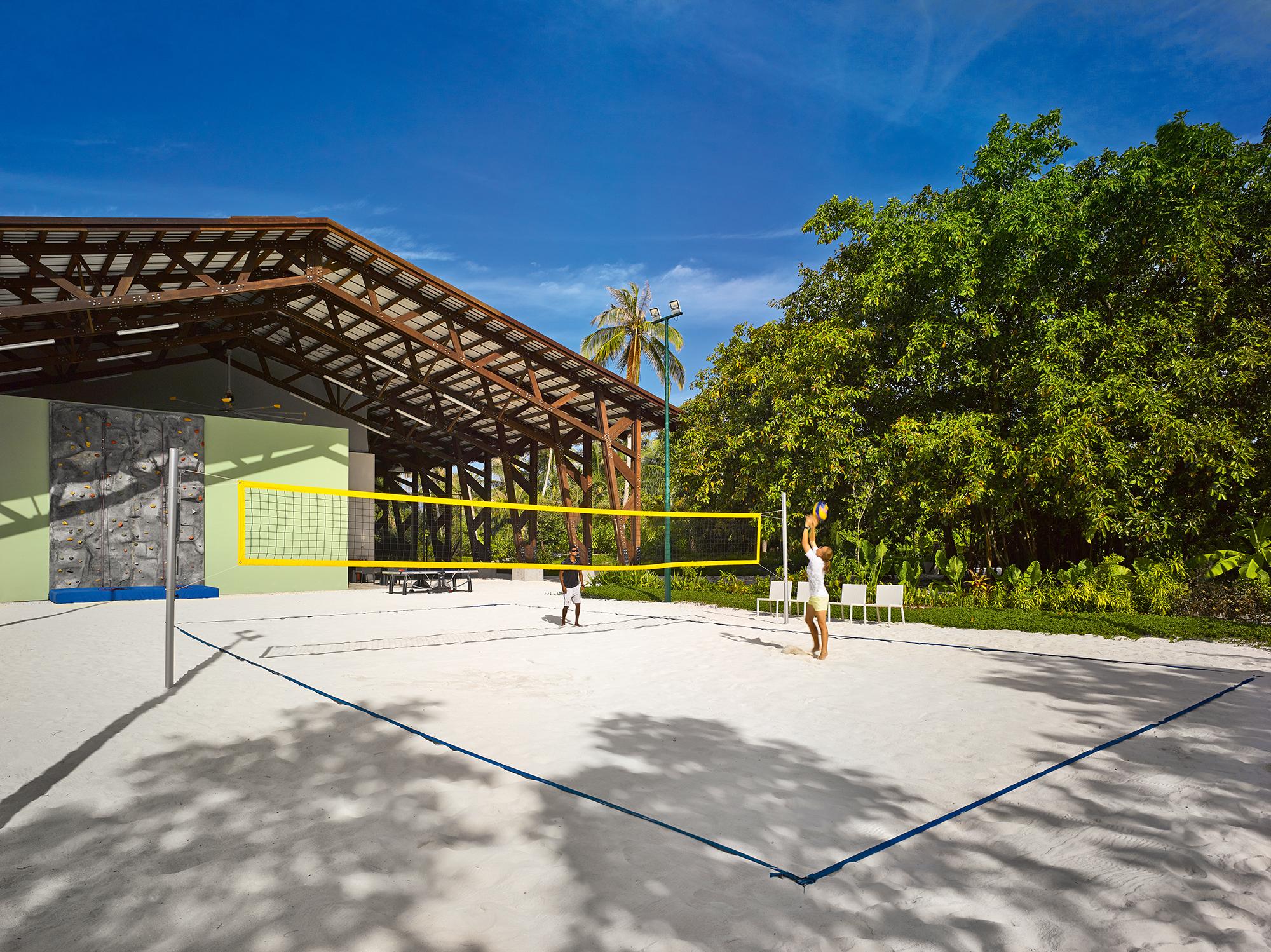 Velaa-Volleyball-court.jpg