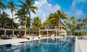 Velaa-Athiri-Restaurant-Avi-Bar-Main-Pool-292x175.jpg