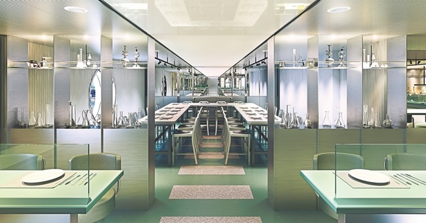 Website-VirginVoyages_Test Kitchen 2_Concrete Amsterdam.jpg