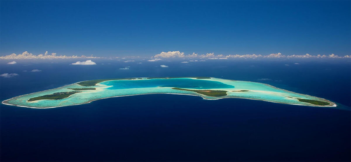ariel-view-french-polynesia_sustainability-green-travel_blog_photo_1.jpg