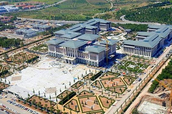Erdoğan's enormous presidential palace complex