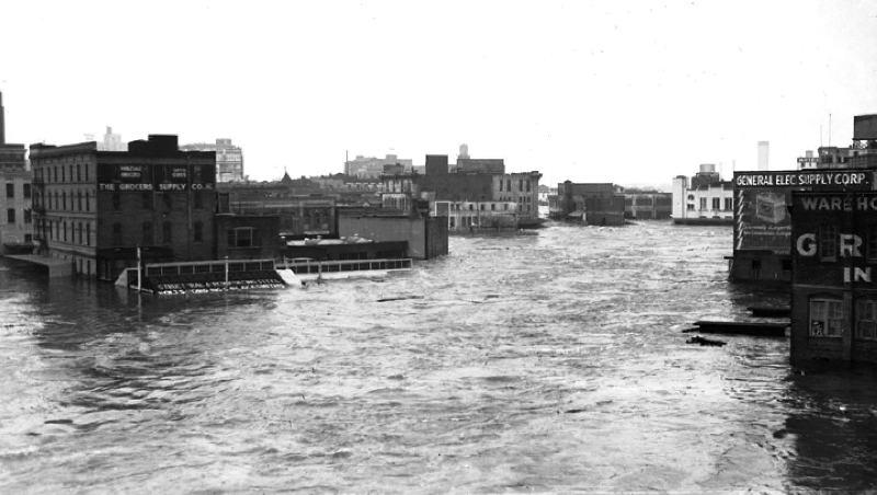 Downtown Houston flood of 1935.