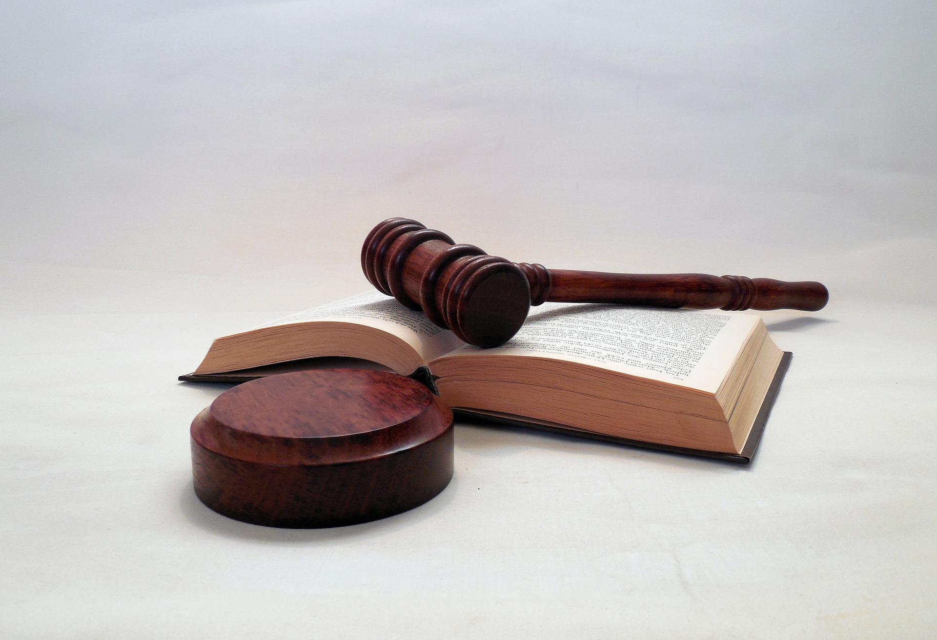 Does-Legislating-Morality-Work-6.5.17-hammer-1281735_1920.jpg
