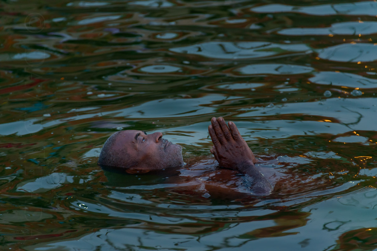 Immersion in the sacred river