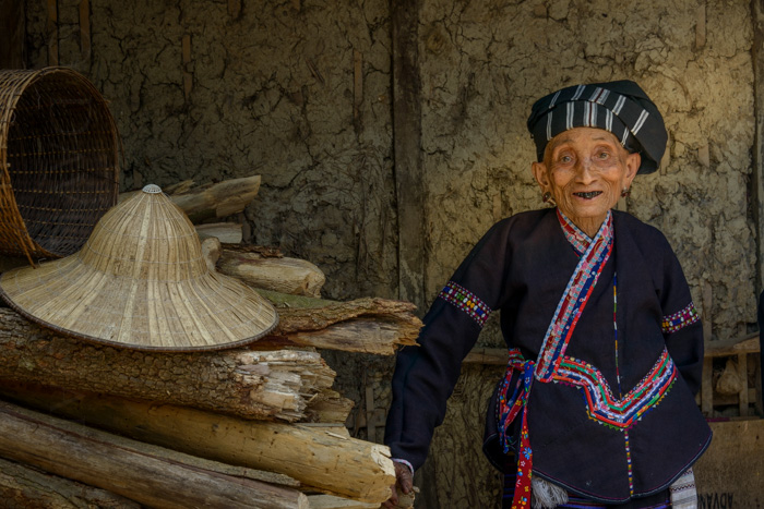 Hmong women, Vietnam