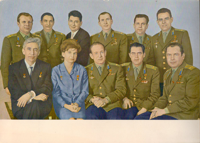 Cosmonauts – Gagarin on the left, Tereshkova in blue, seated – Postcard, 30 x 22cm