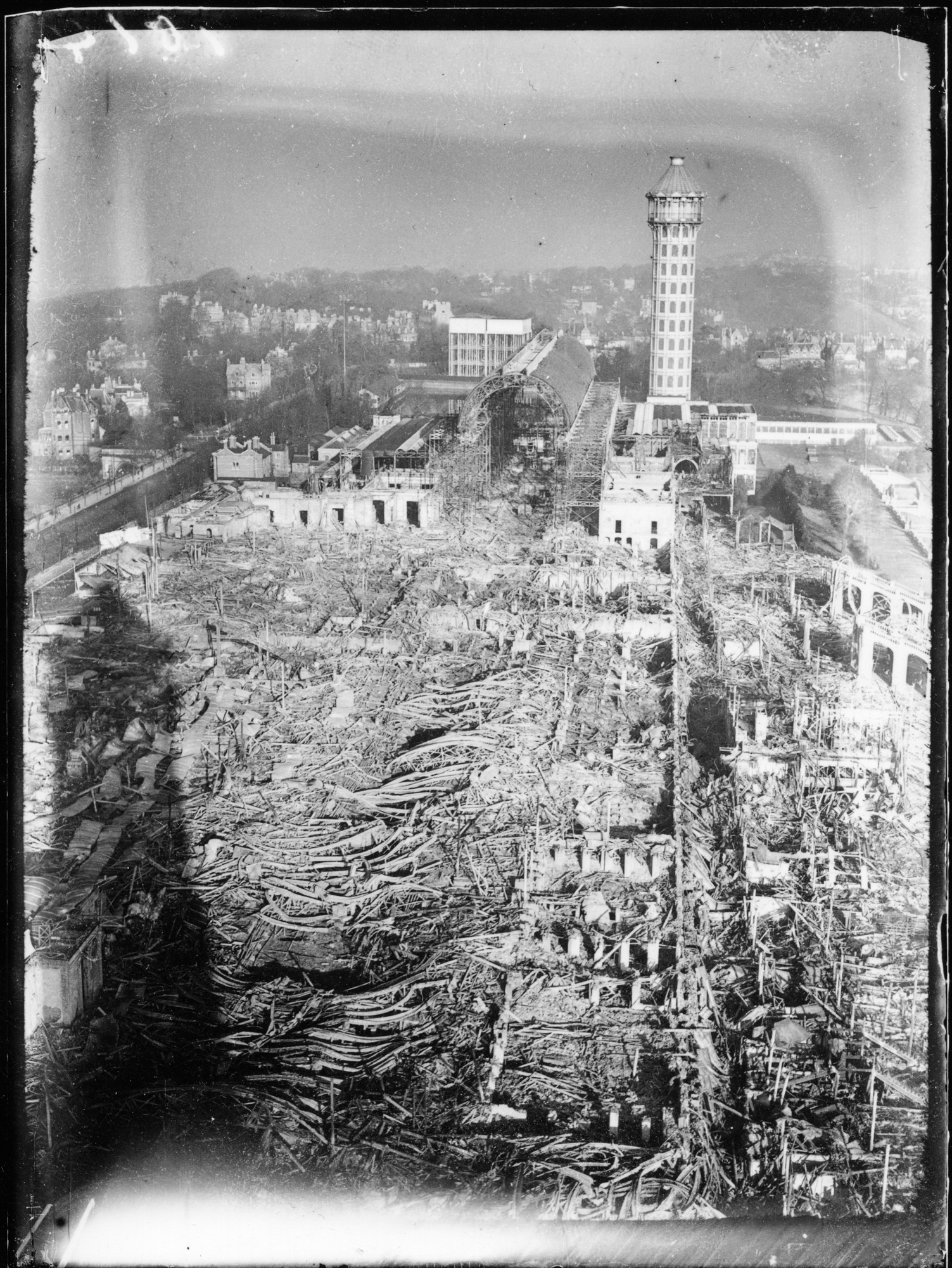 Crystal Palace fire aftermath, December 1936 - photographer unknown (William Mokrynski Collection)