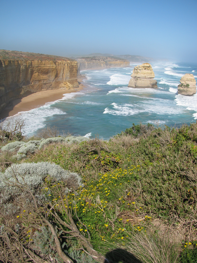 Looking in the opposite direction of the Twelve Apostles was even prettier the way the sun was shining.