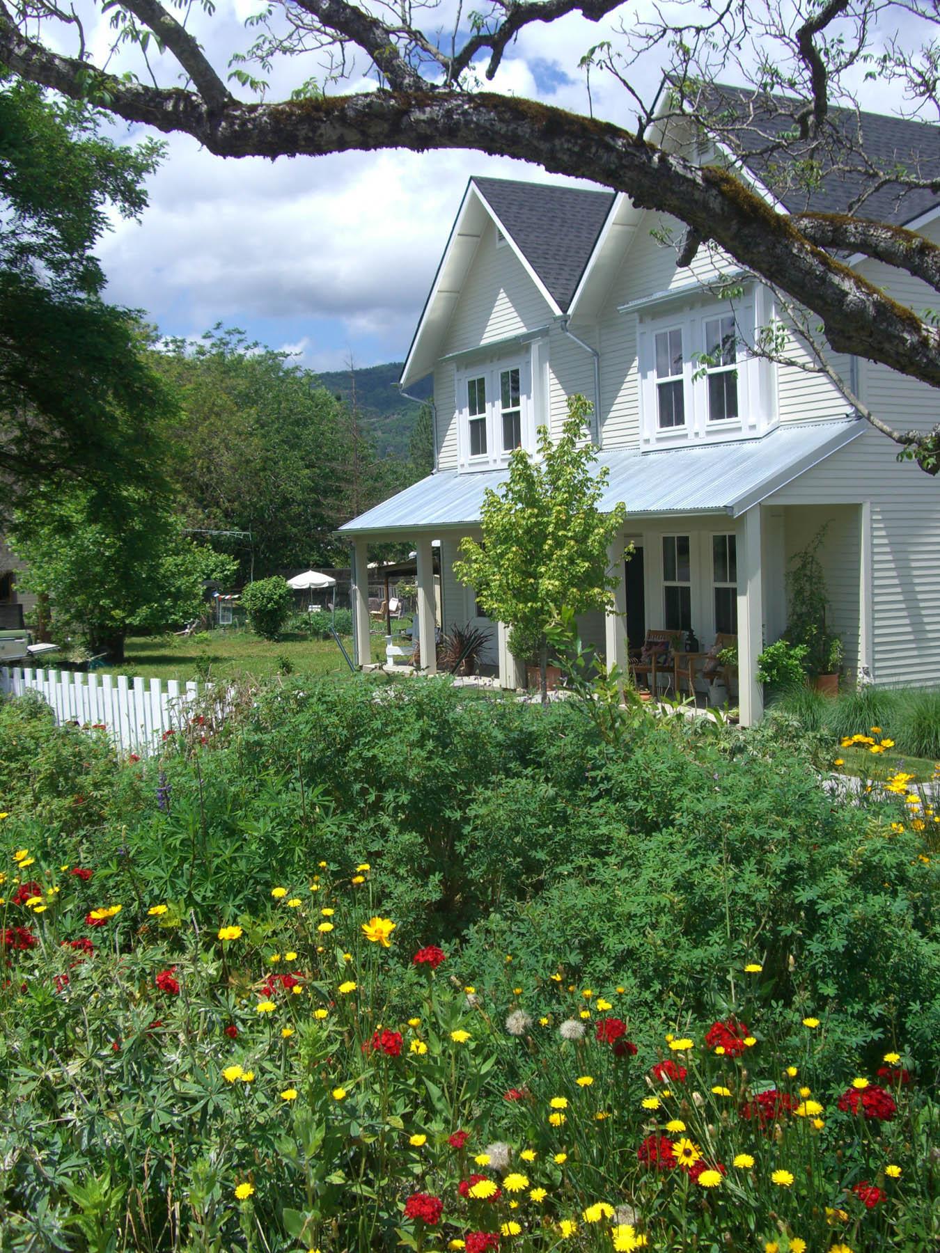 R36 Farmhouse Style_web.jpg