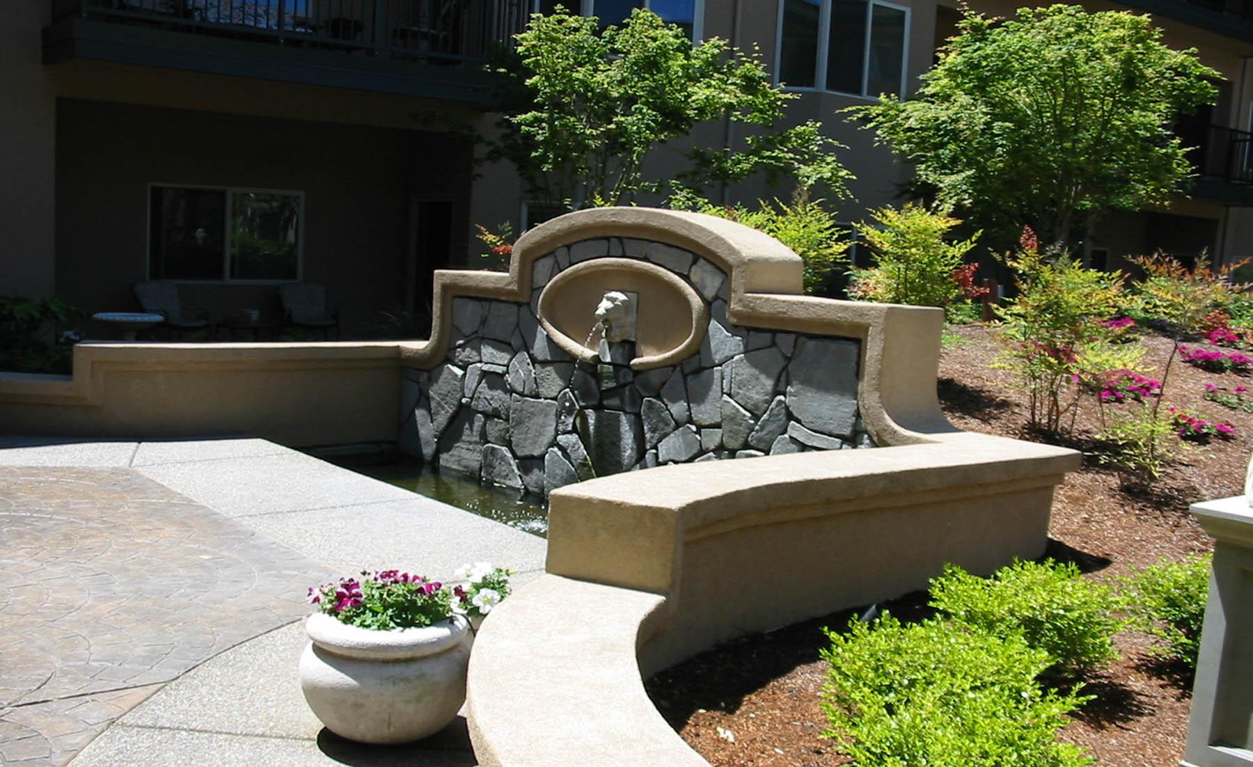 C 4 Anna Maria Fountain, BP_web.jpg