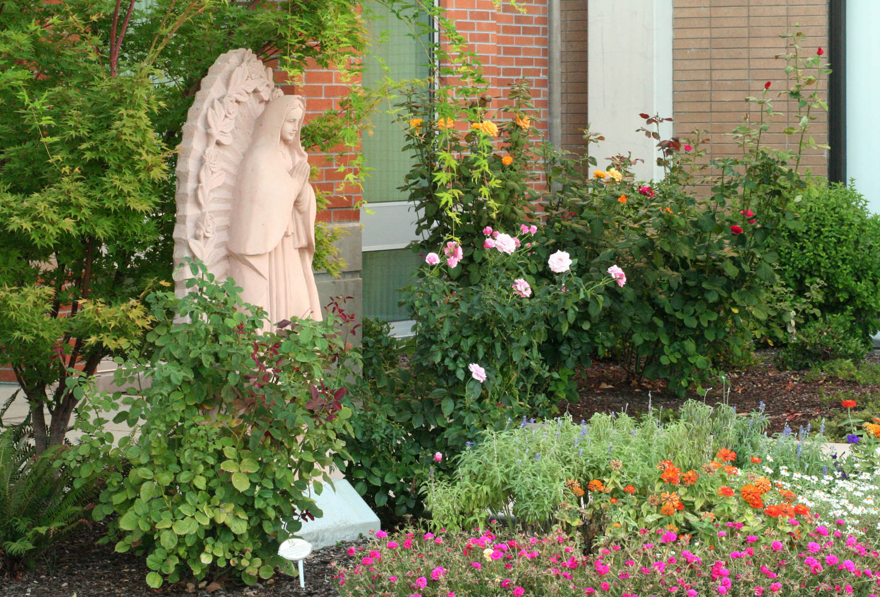 Providence Cancer Center~ A Peaceful, Colorful Corner_web.jpg