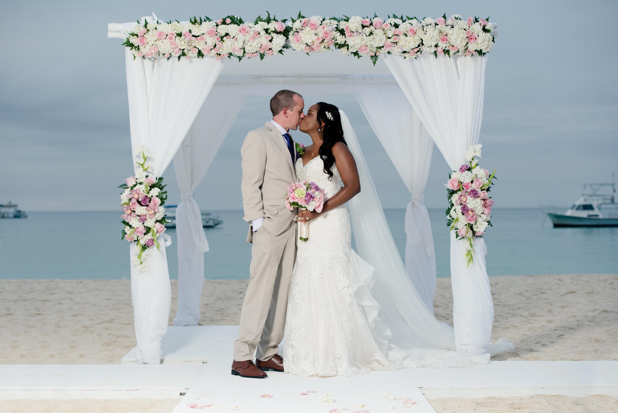 Our Wedding 185.jpg