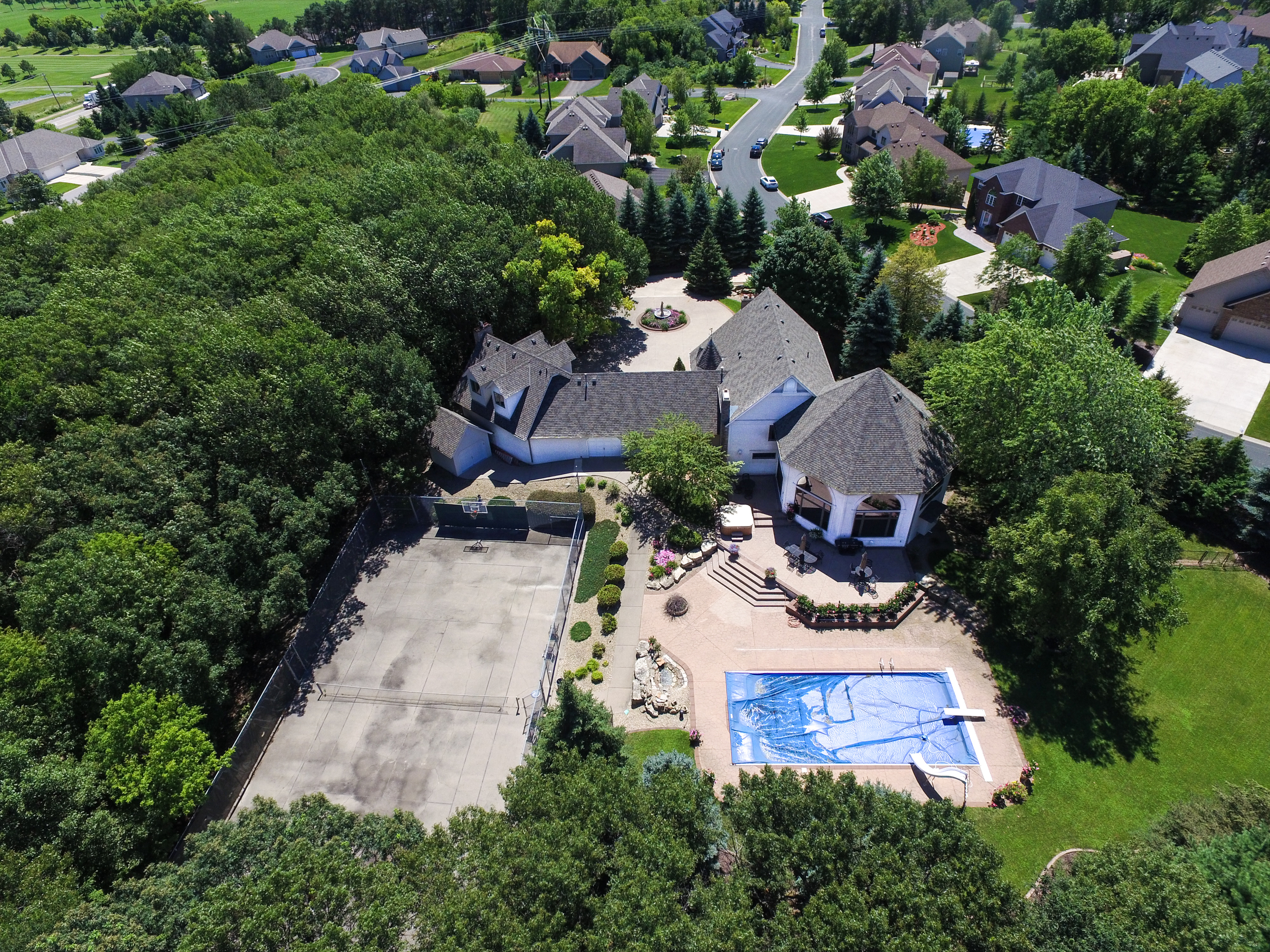 Drones, aerial residential real estate and pools photography