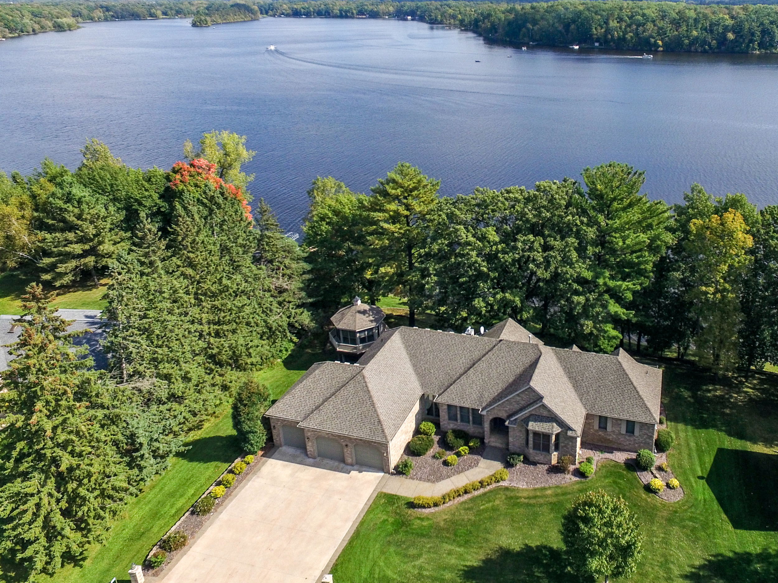 Drones, aerial residential real estate, lake properties lakefront photography