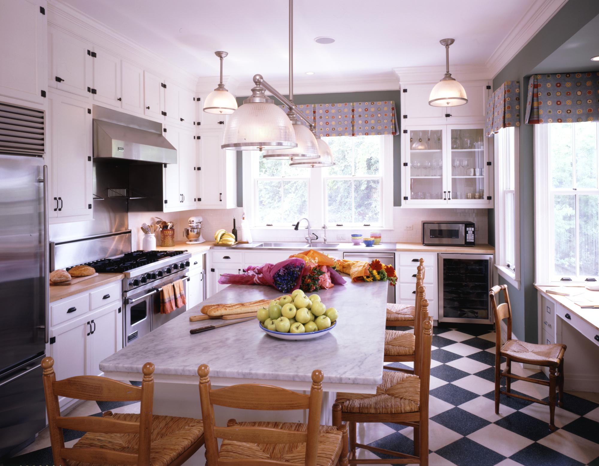 ll-web-sullivans-island-kitchen.jpg
