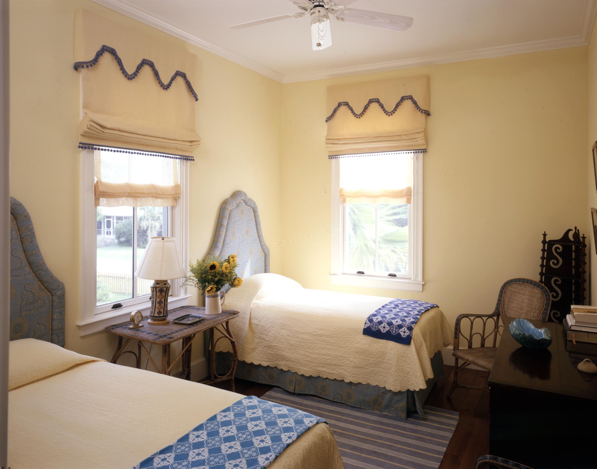 ll-web-sullivans-island-bedroom-2.jpg