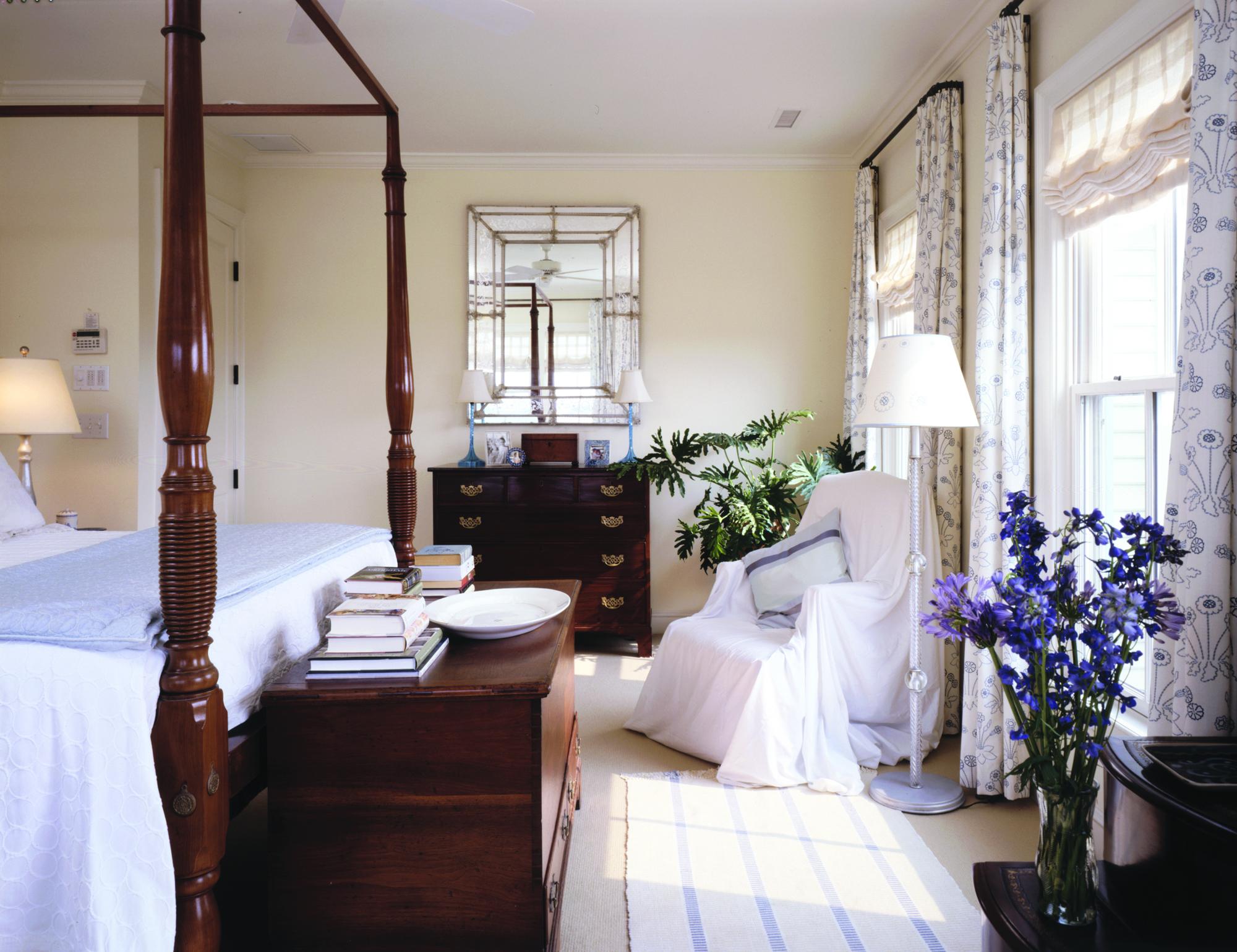 ll-web-sullivans-island-bedroom-3.jpg