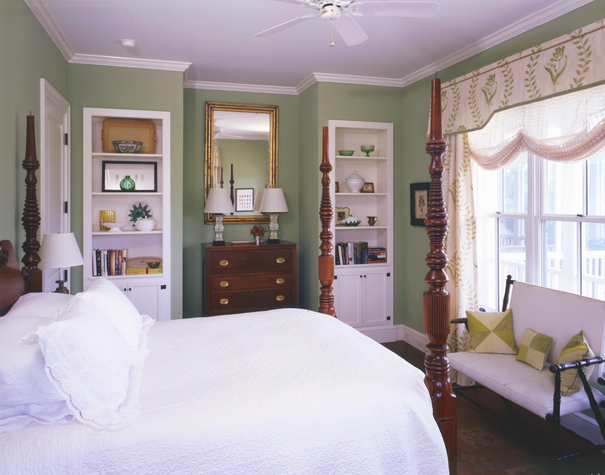 ll-web-sullivans-island-bedroom.jpg