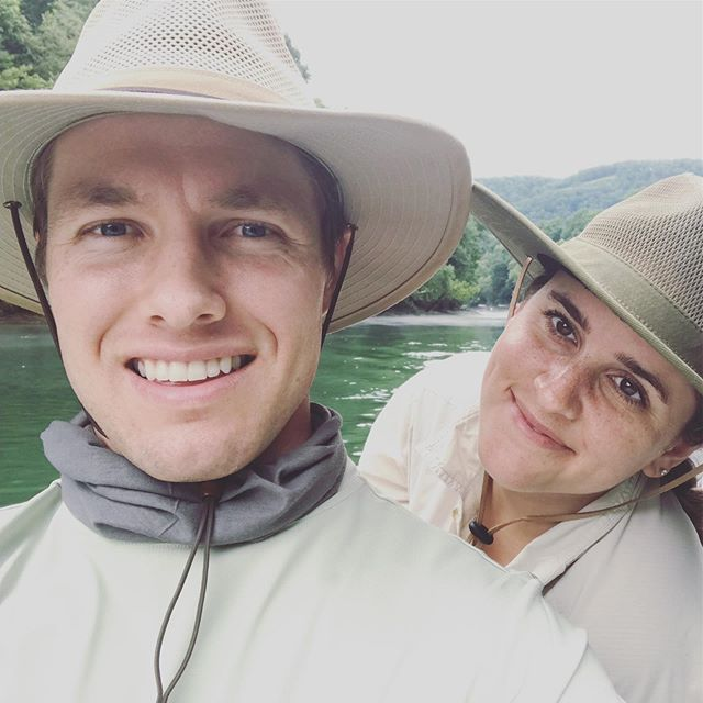 My first night away from Cate is officially in the books after a quick getaway in Northern Arkansas — highlights: Being fancy free with my honey, catching 43 trout between the two of us, and witnessing our fishing guide rescue and take home the most precious pup at the end of the day. 🎉🐟🔆🎣🌅🌤🐶💛