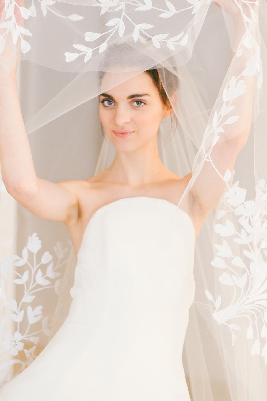 CarolinaHerrera.Fall2016.Bridal.9.jpg